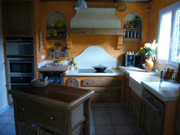 cuisine proven ale 13 avignon 84 fabricant cuisiniste sur mesure cuisines haut de gamme ch ne massif. Black Bedroom Furniture Sets. Home Design Ideas