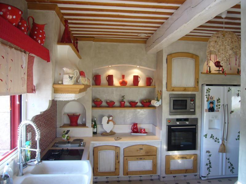Cuisine campagnarde FONTVIELLE, cuisiniste Baux de Provence ...