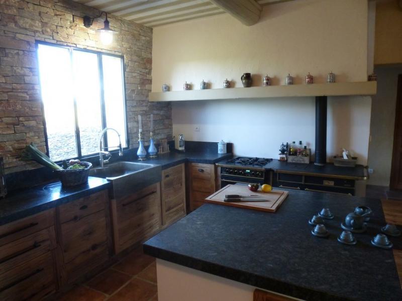 cuisiniste nimes gard cuisine en ch ne plan travail granit cuisine contemporaine sur mesure. Black Bedroom Furniture Sets. Home Design Ideas