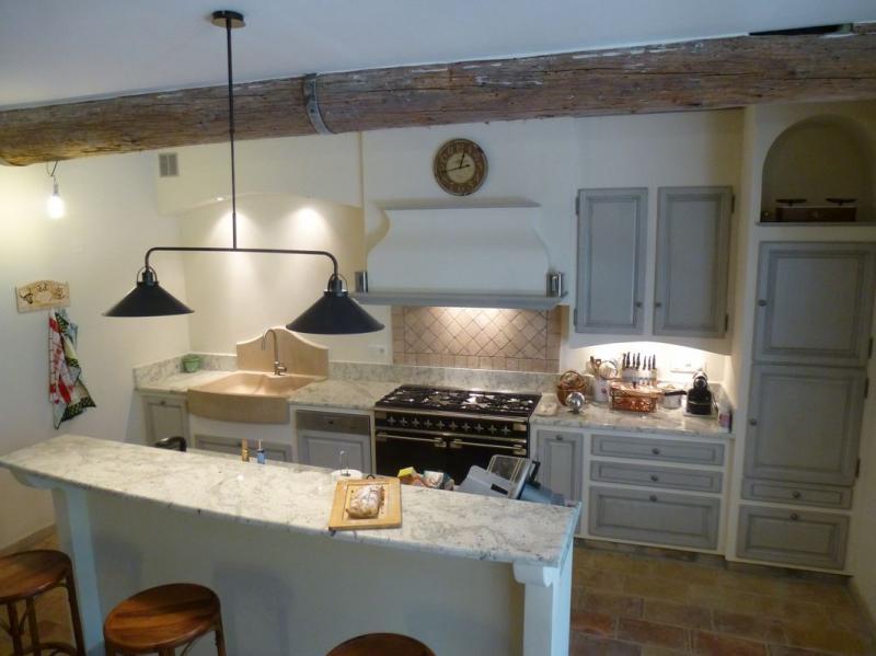 cuisine proven ale r alis e gordes 84 cuisinistes gordes jucas lacoste cargas goult murs. Black Bedroom Furniture Sets. Home Design Ideas