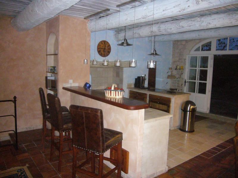 cuisiniste salon de provence voici une slection de deco cuisine pour vous salon eurocucina. Black Bedroom Furniture Sets. Home Design Ideas